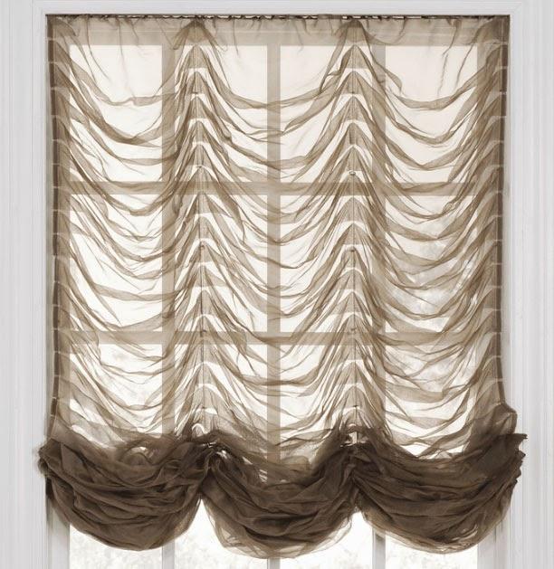 Французские короткие шторы в спальню со складками