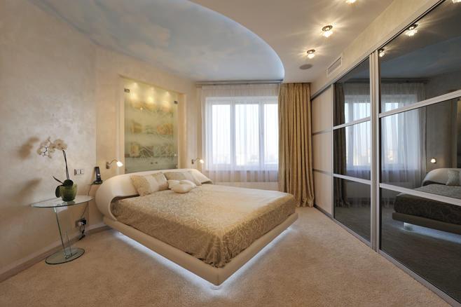Интерьер спальни с гардеробной в виде шкафа